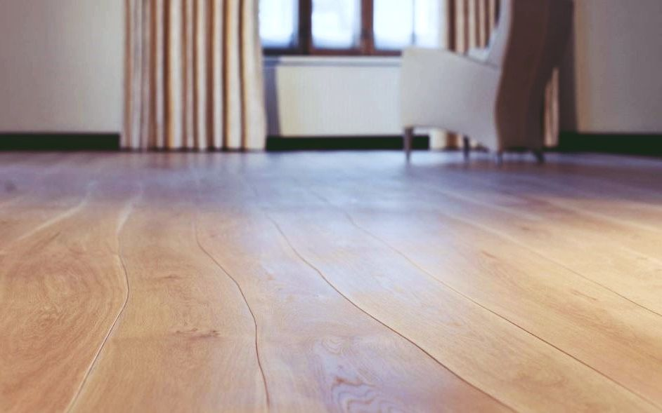 Poner suelo de madera simple latest suelo porcelnico - Poner suelo de madera ...